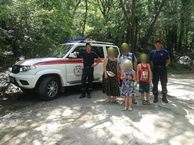 За прошедшие сутки «КРЫМ-СПАС» дважды оказывал помощь туристам в горно-лесной местности
