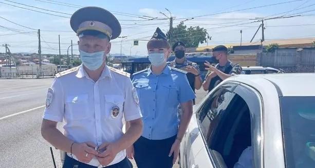 В Севастополе инспекторы ГИБДД и службы судебных приставов провели совместный рейд «Неплательщик»