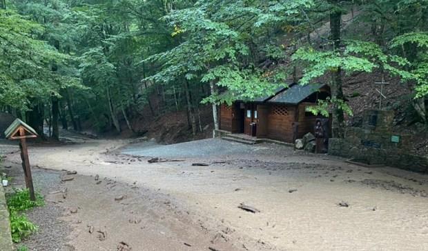Спасатели завершили расчистку территории Космо-Дамиановского монастыря
