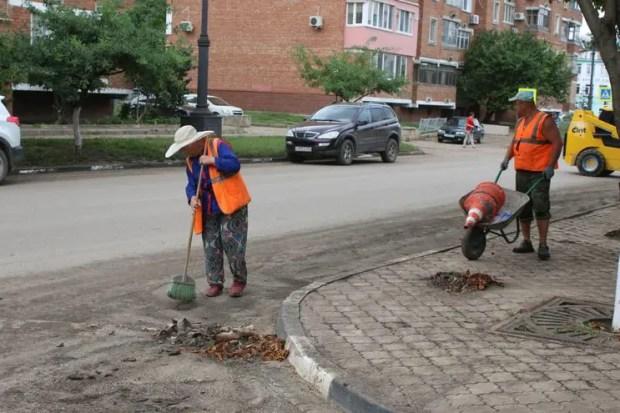 Что сейчас происходит в Керчи: остаются подтопленными 7 подвалов, есть проблемы в школе №24