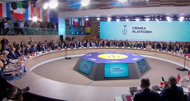 Где-то в параллельной реальности… Зеленский объявил «обратный отсчет до освобождения Крыма»