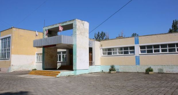 За неделю до начала учебного года в Керчи все еще не решена судьба 24-й школы