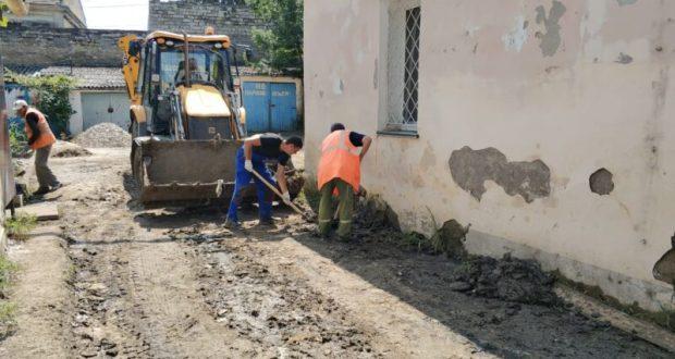 Кабмин РФ выделит еще 930 млн. рублей на восстановление придомовых территорий, пострадавших от потопов