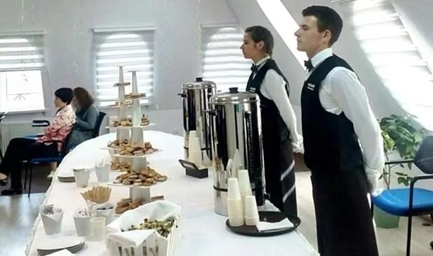 Ресторан в офисе, на дому, на событии и даже в чистом поле... Кейтеринг, который решает любые задачи