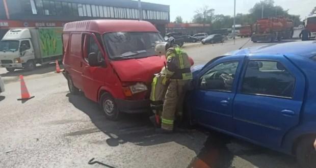 Тройное ДТП с участием рейсового автобуса на трассе «Симферополь – Евпатория»: есть пострадавшие