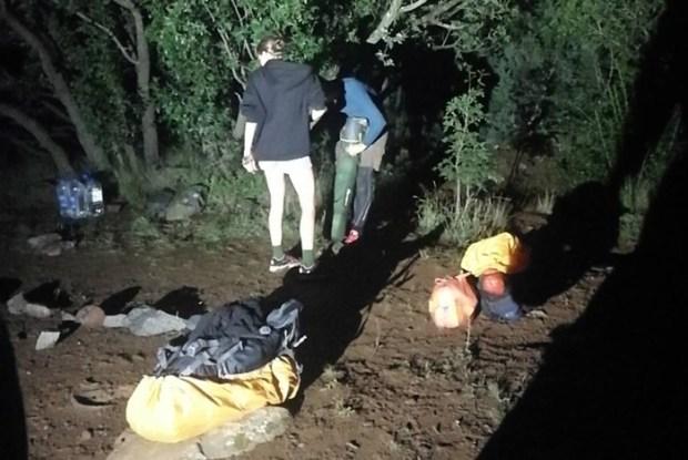 Ночью «КРЫМ-СПАС» эвакуировал семейную пару с горы Аю-Даг