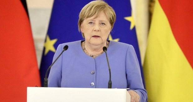 Даже в «прощальном турне» Ангела Меркель не изменила свой взгляд на Крым
