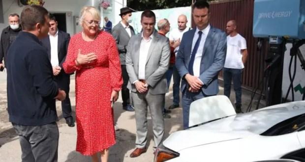 В Крыму создают сеть электрозаправочных станций
