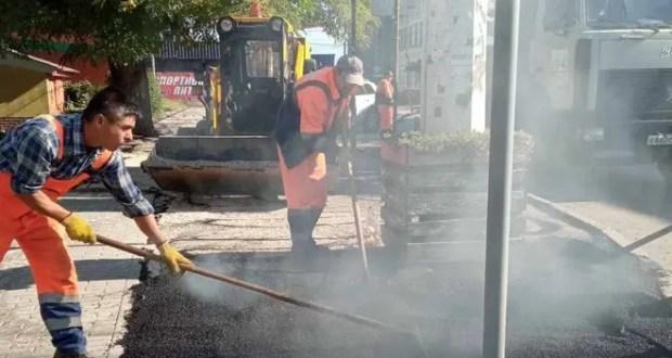 «Ямочный» ремонт дорог в Симферополе: где ведутся работы