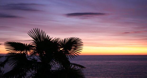 Отдых в п. Лоо, г. Сочи на морском побережье