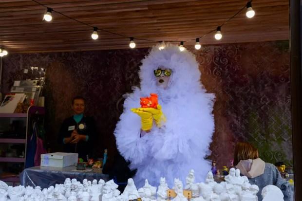 """В Евпатории в рамках акции """"Белый цветок"""" собрали почти 1 миллион рублей"""