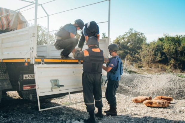 Десять авиабомб весом от 32 до 250 килограммов уничтожили пиротехники МЧС России в Севастополе