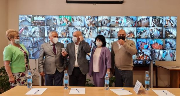 Наблюдатели Общественной палаты не зафиксировали серьезных нарушений на выборах в Крыму