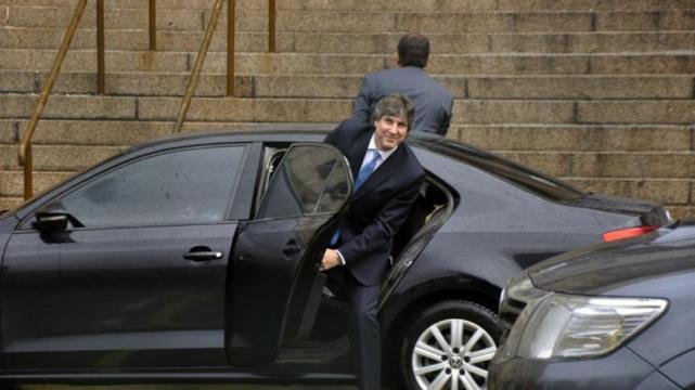Boudou fue acusado de comprar coches de lujo.
