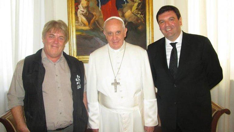 Vera, Francisco y el juez Lijo, en el Vaticano.