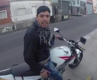 Aguirre protagonizó un video que fue furor en youtube.