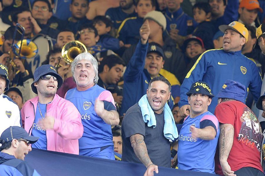 Rafa Di Zeo y Mauro Martín en la cancha de Boca.