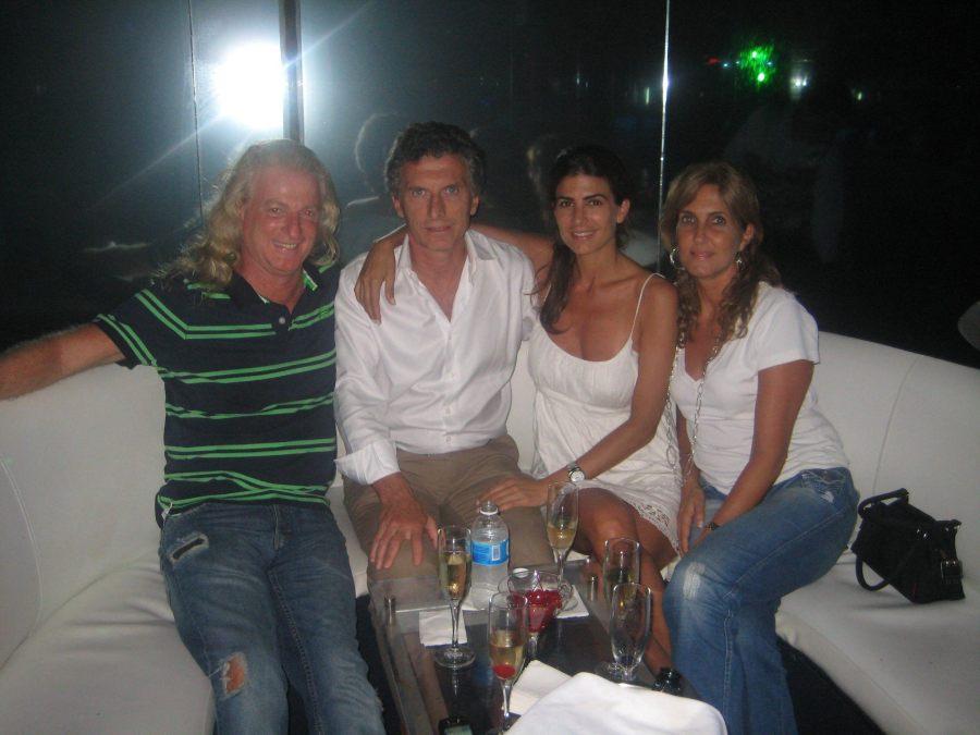 Conde, Macri y Awada en el cabaret de Martins.