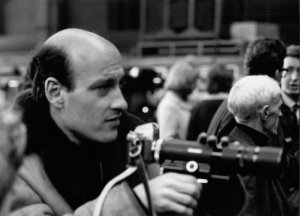 hard-days-night-a-1964-009-richard-lester-holding-camera-00o-dt0