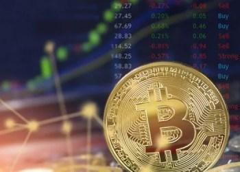 Bitcoin se aproxima aos USD 10.000 e o mercado supera os USD 300.000 milhões