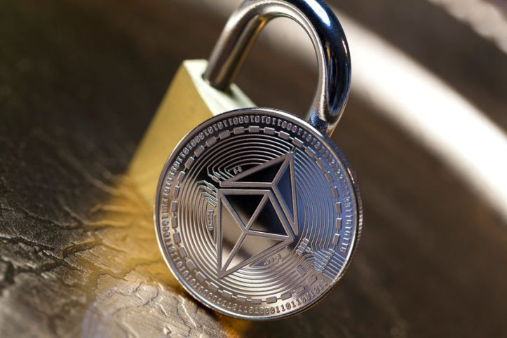 94380006 - an ethereum coin and a lock