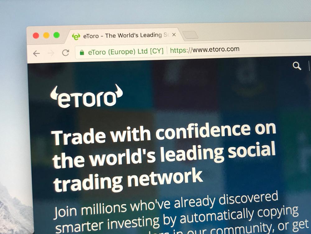 Plataforma de comercio social etoro