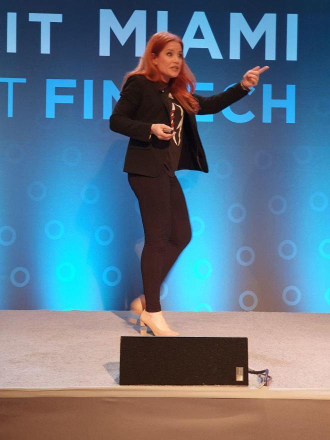 Ingrid Vanderveldt habla sobre las mujeres emprendedoras en Finno Summit Miami 2019