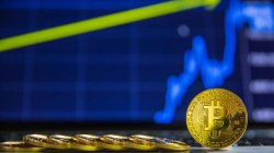 Bloomberg: Bitcoin podría alcanzar los $10.000 en el corto plazo