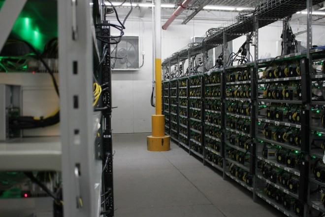 Un mois après la réduction de moitié, l'exploitation minière de Bitcoin maintient son potentiel comme l'une des meilleures entreprises.