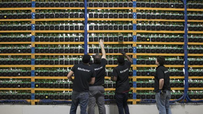 L'exploitation minière de Bitcoin est l'une des entreprises avec la plus grande expansion, d'ici 2022, une consolidation y est attendue.  Source : L'économiste
