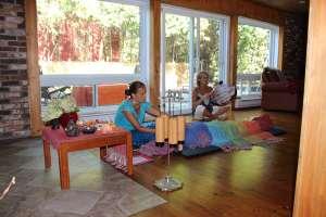 Évolution des points de serrage Le rituel comporte le recours aux Éléments, sons, percussions, chants, méditation, recueillement crisalida-rebozo-quebec
