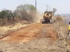 Limpia de cunetas en carretera Nochistlán – Tlachichila