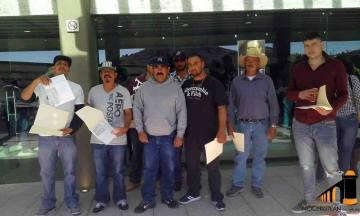 Apoyo económico a deportados
