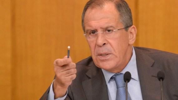 Ο Λαβρόφ ζητά από τον Τράμπ να βάλει χαλινάρι στη CIA