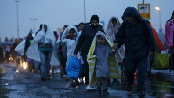 Πως η Γερμανία στηρίζει Τσίπρα με 11,000… πρόσφυγες