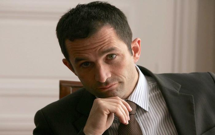 Γαλλία: Ο Αμόν υποψήφιος των Σοσιαλιστών, έχασε ο Βάλς