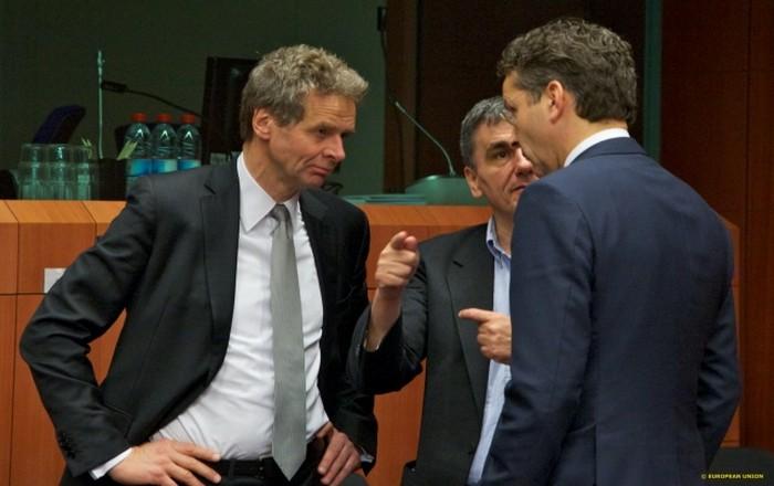 Προς σύγκρουση ΔΝΤ-ESM στο Eurogroup