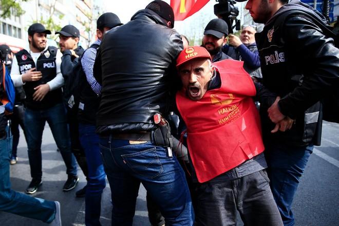 Πρωτομαγιά με σκληρή καταστολή από Ερντογάν, υπό το φόβο κατάληψης της Ταξίμ