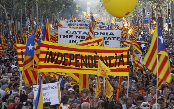 Καταλονία: Πάνε για απόλυτη πλειοψηφία οι αυτονομιστές