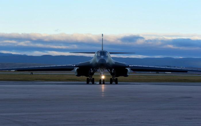 Κοινές ασκήσεις ΗΠΑ-Ιαπωνίας με στρατηγικά βομβαρδιστικά