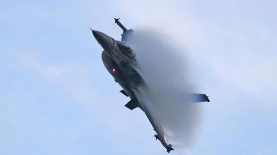Αιγαίο: Πέντε παραβιάσεις και μια εικονική αερομαχία