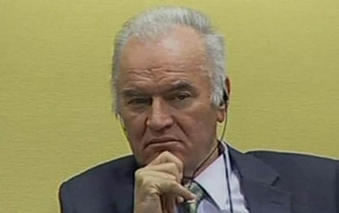 """Ένοχος για γενοκτονία ο """"χασάπης της Βοσνίας"""" Ράτκο Μλάντιτς"""