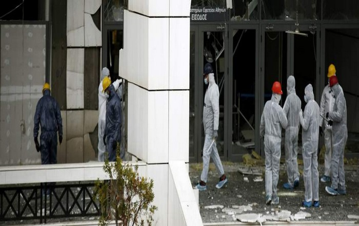 """Σύγκρουση κυβέρνησης-δικαστών για τη βόμβα στο εφετείο και τα """"πόθεν έσχες"""""""