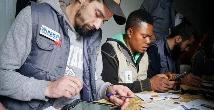 Η Κομισιόν συνεχίζει να χρηματοδοτεί τη στέγαση προσφύγων στην Ελλάδα