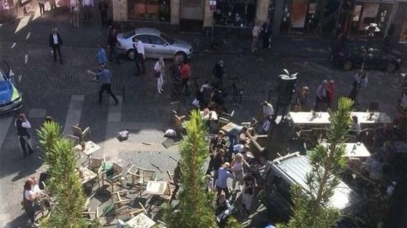 Δύο νεκροί και 30 τραυματίες από επίθεση αυτοκινήτου στη Γερμανία