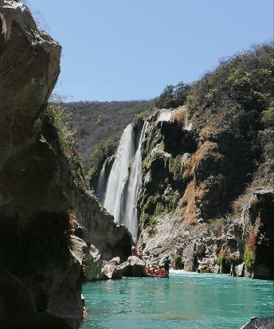 cascada-slp