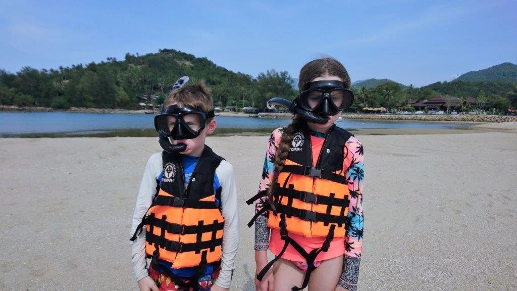 Koh_Phangan - DSC_2468-Koh-Ma-kids-snorkels-Koh-Phangan.jpg