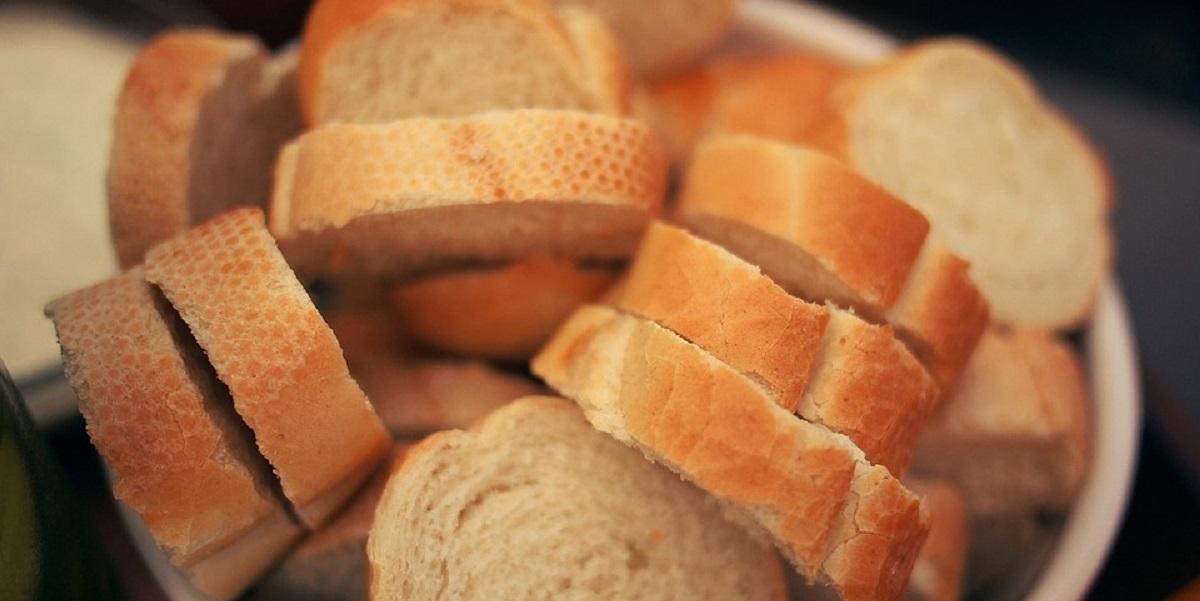 Нальчик, хлеб, контейнер для сбора хлеба