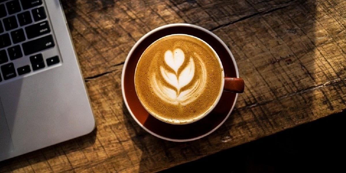 Открытие кофе относится приблизительно к 850 г. н. э., но полное признание его пришло много веков спустя.