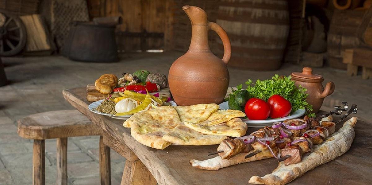 Северный Кавказ, кавказская кухня, хлеб, сыр. молоко
